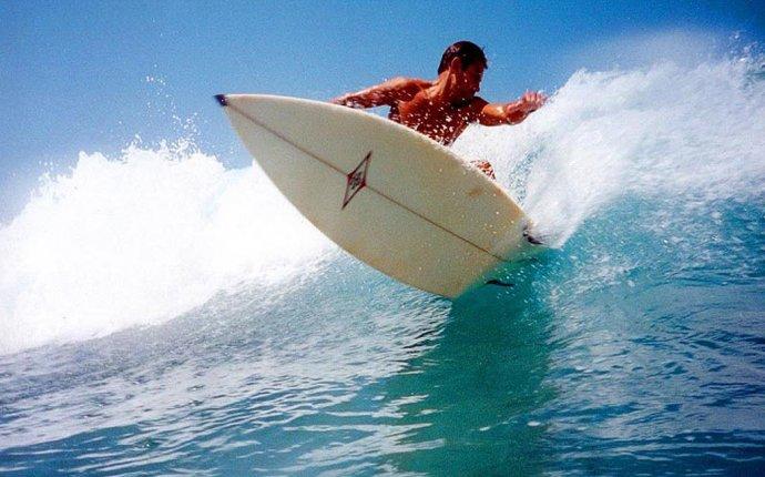 Серфинг на Мальдивах, серфинг школы на мальдивах