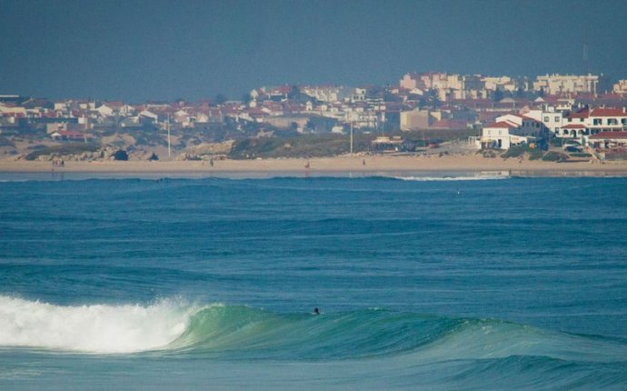 Школа серфинга в Португалии - обучение серфингу | Surf Discovery