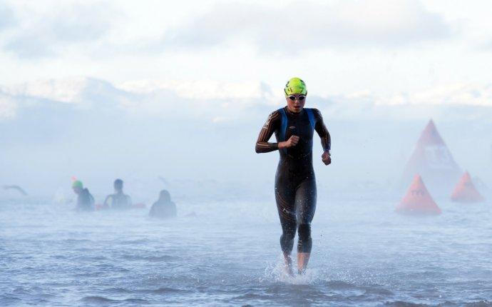 Триатлон плавание в холодной воде