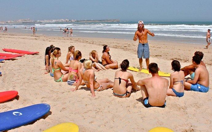 Уроки серфинга в Португалии на русском языке